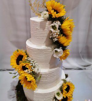 Bruidstaart met zonnebloemen