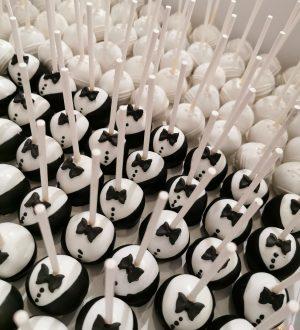 Bruid en bruidegom cakepops