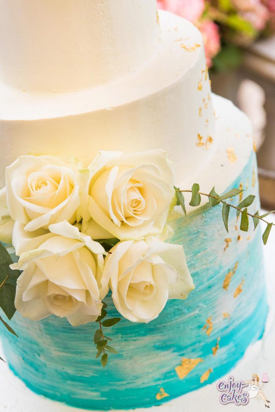Blue blush wedding cake