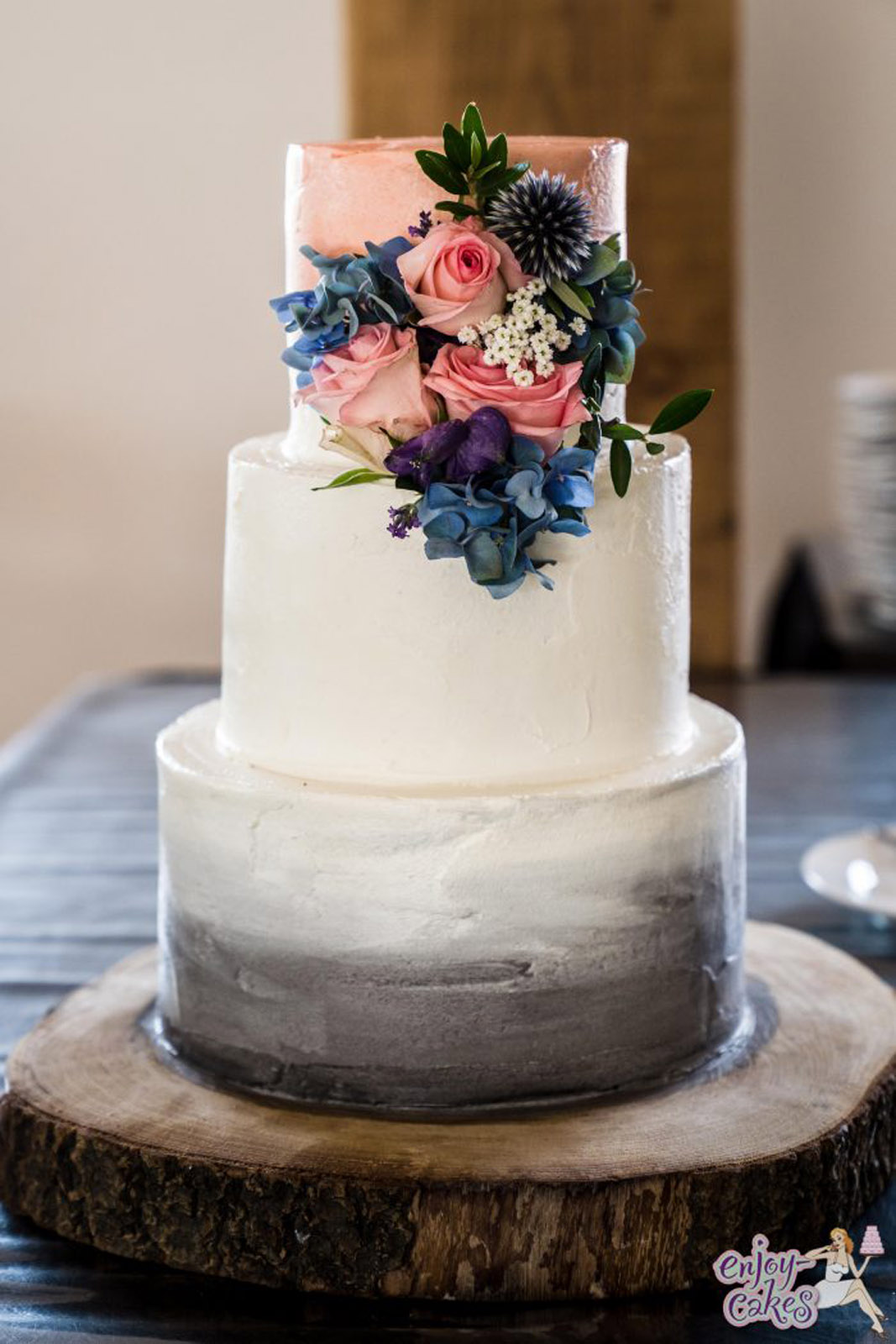 Grey and peach wedding cake