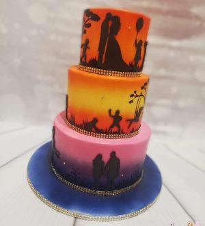 Airbrush bruidstaart met familie silhouette