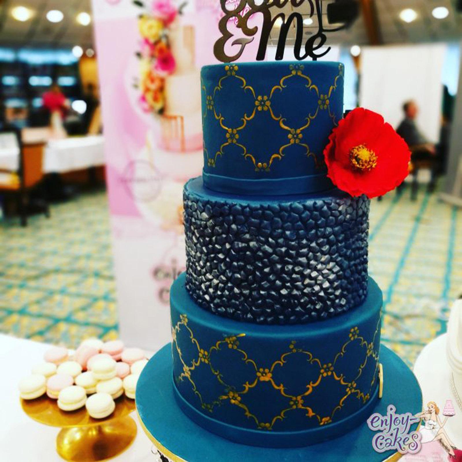 Blauwe bruidstaart