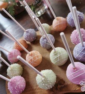 Cakepops in pastelkleuren