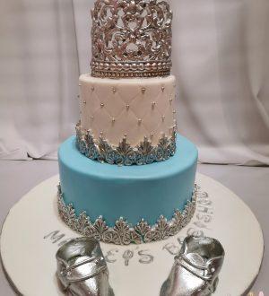 Babyshowertaart met zilveren kroon