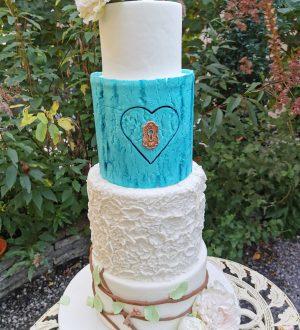 Fantasy wonderland weddingcake