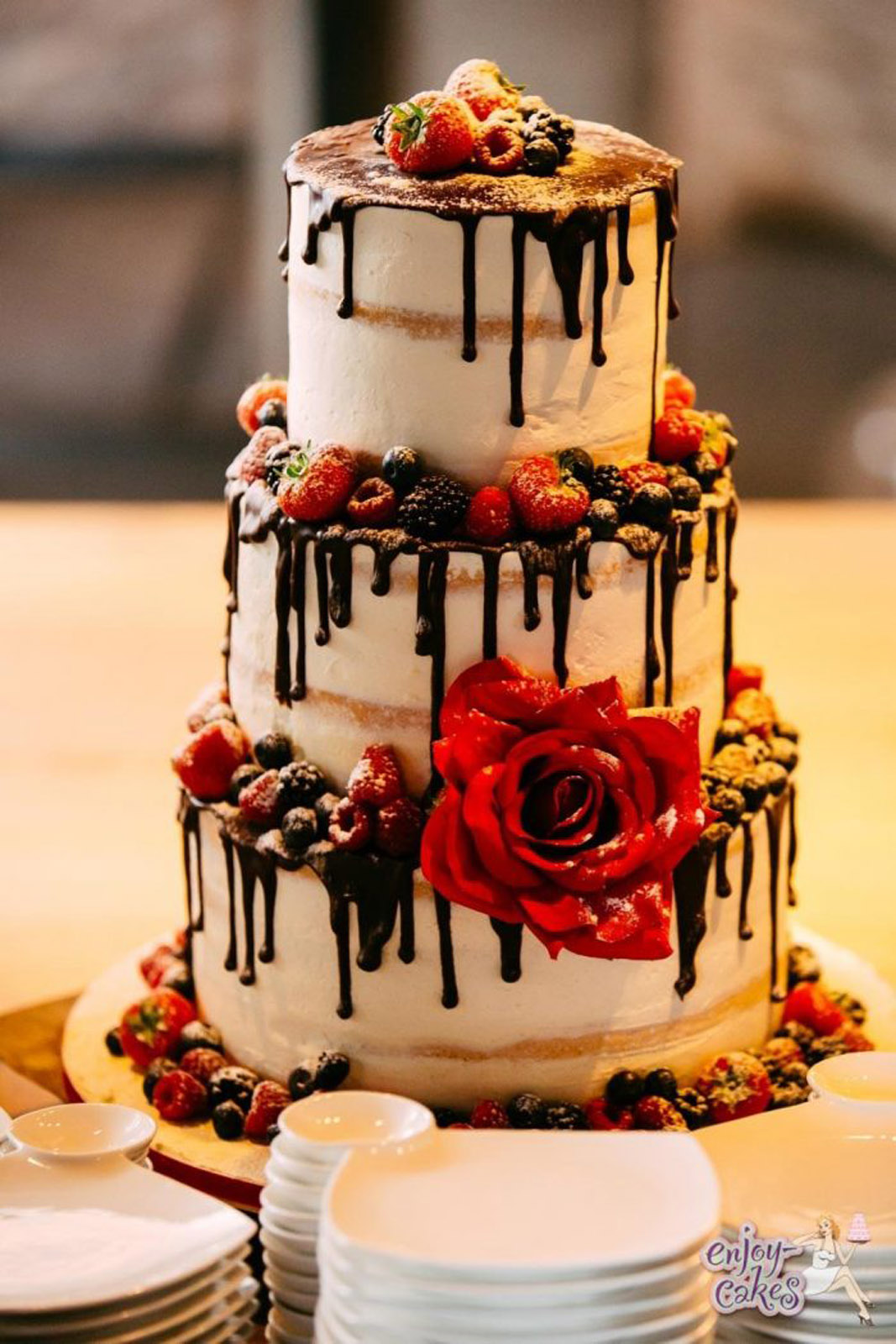Chocoladedripp wedding cake