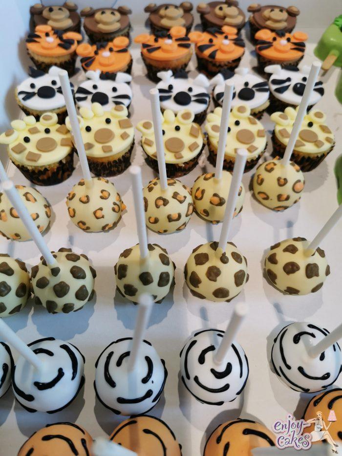Jungle cakepops