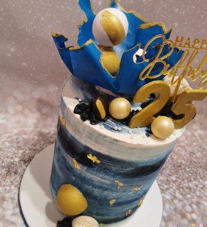Blauwe hippe cremetaart