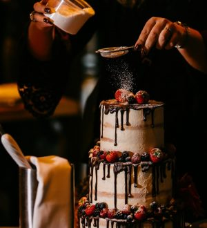 Chocoladedripp wedding cake