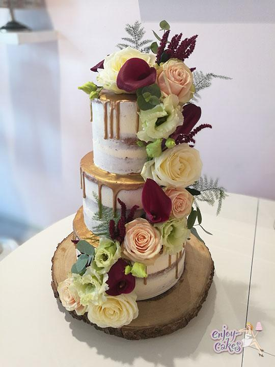 Semi-naked gold dripp weddingcake