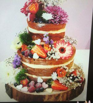 Naked weddingcake
