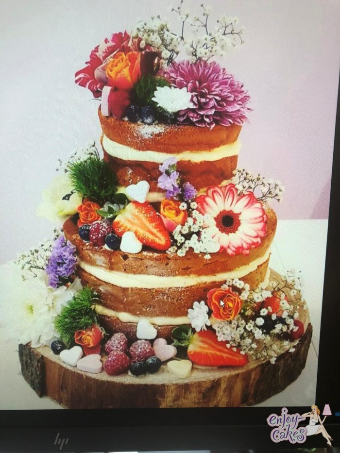 Naked weddingcake