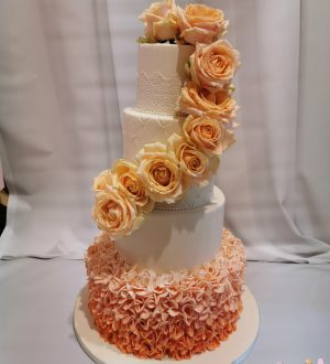 Ruffle wedding cake peachroses