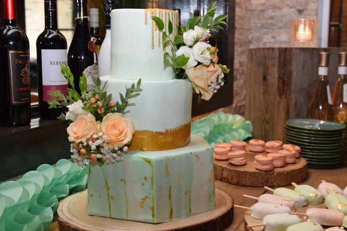 GreenMarble Hexacon WeddingCake