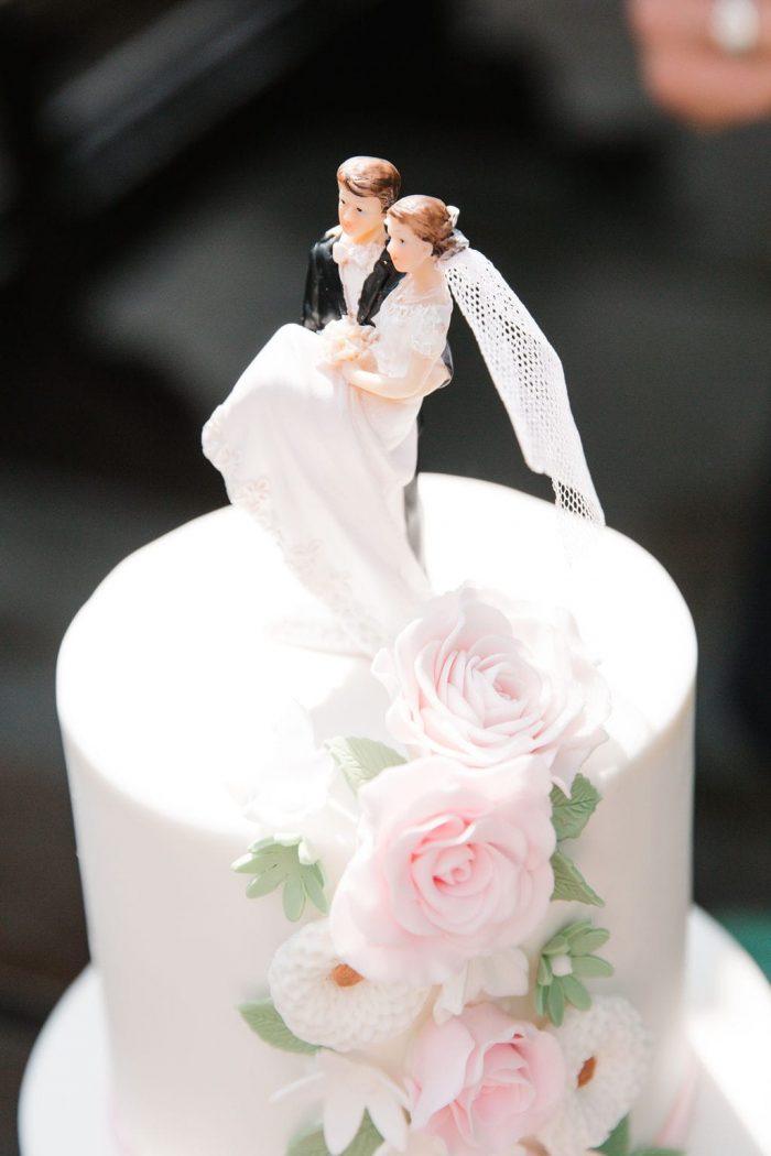 Romantic weddingcake gefotografeerd door fotografie SteefenSuus