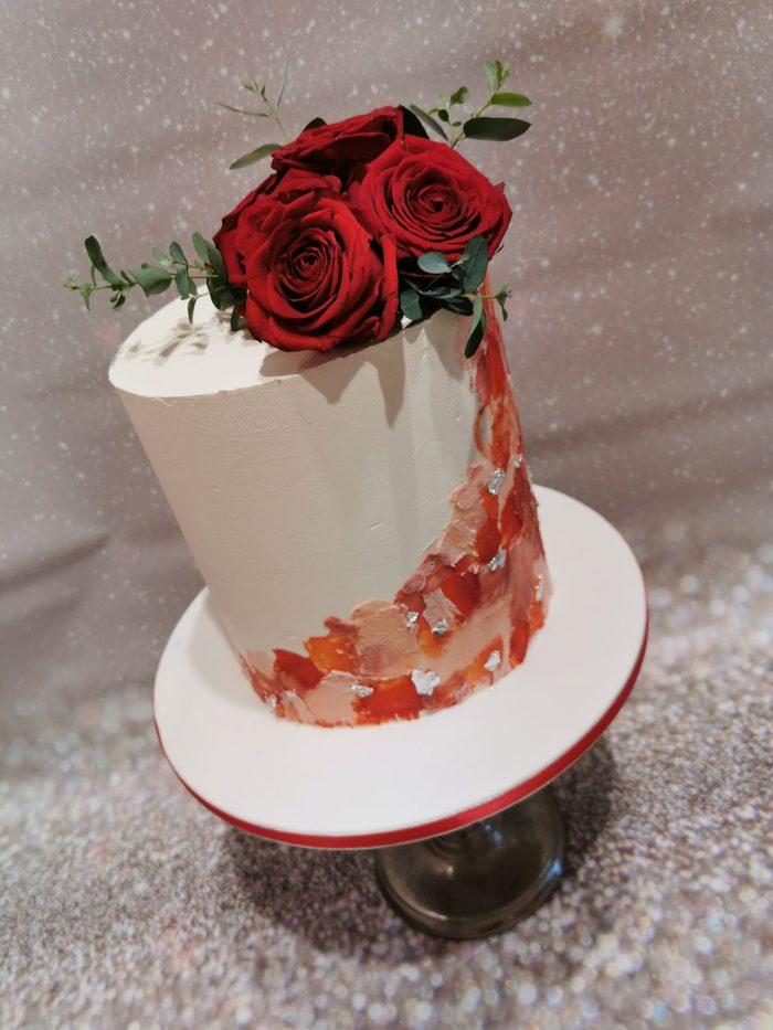 Romantic Red Rose WeddingCake