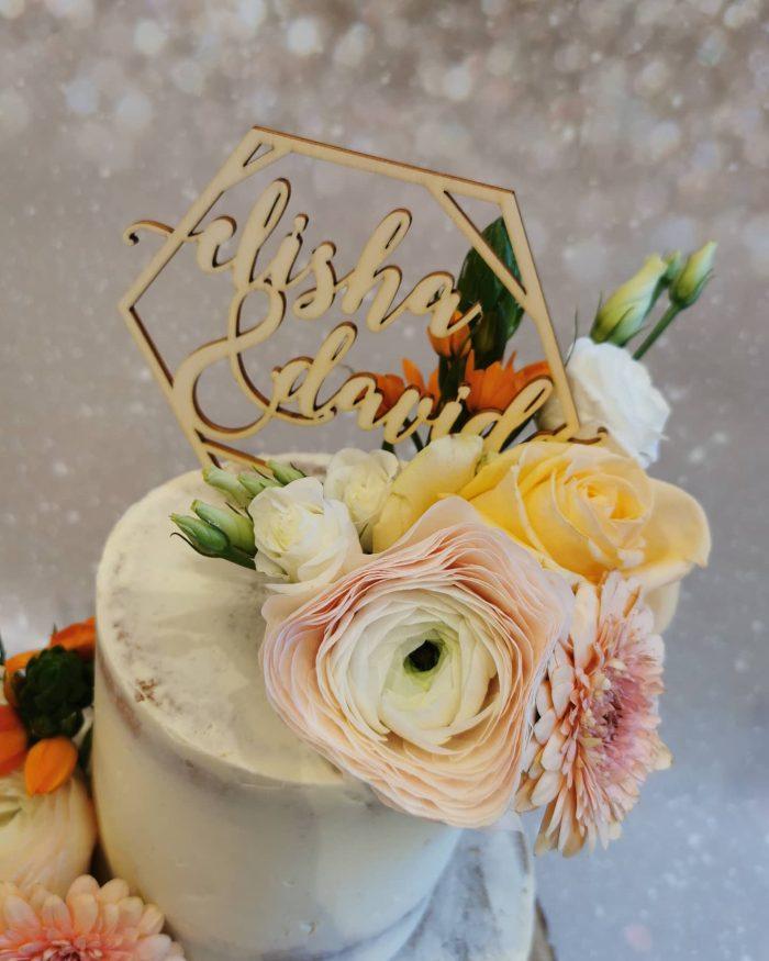 Semi-naked Weddingcake