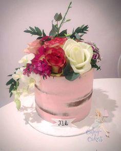 Semi-Naked Pink Ladycake
